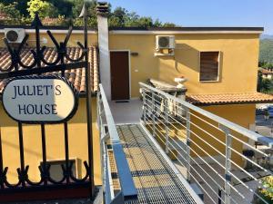 Juliet's House - AbcAlberghi.com