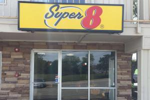 Super 8 by Wyndham Florence - Walton