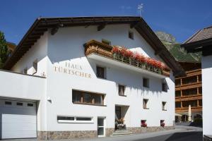 Frühstückspension Türtscher - Hotel - Galtür