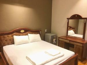 Van Trang Hotel - Tan Hiep