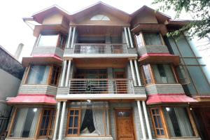 OYO 16588 Home Cozy Stay Mashobra - Kīar