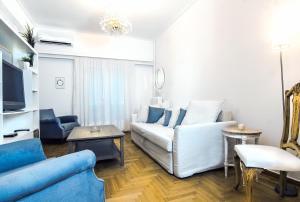 obrázek - Charming 2 bedroom apartment next to Piraeus port