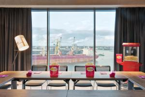 Moxy Amsterdam Houthavens (10 of 24)