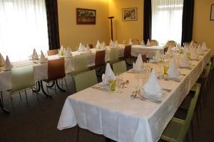 Logis Hotel Restaurant Le Grand Turc - Vendrennes