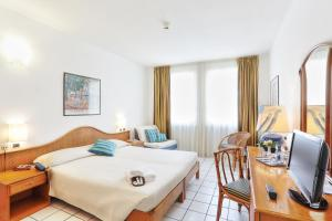 Hotel Yacht Club - AbcAlberghi.com