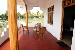 Nilaveli Star View Hotel, Hotels  Nilaveli - big - 20