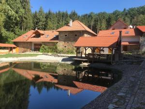 Hostels und Jugendherbergen - Zevlův mlýn