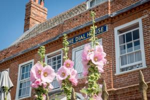 The Dial House (9 of 70)