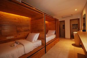 D Beds Hostel By Soscomma