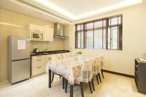 Sanya Yuelanwan Holiday Home, Prázdninové domy  San-ja - big - 32