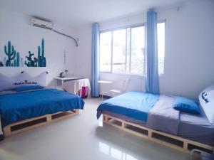 Yangshuo Show Biz Youth Hostel, Хостелы  Яншо - big - 14