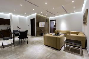 Q Suites Jeddah by EWA, Hotely  Džidda - big - 3