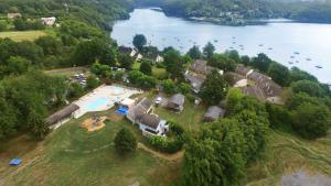 Location gîte, chambres d'hotes VVF Villages « Les Bords du Lac » Éguzon dans le département Indre 36