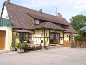 """Gästehaus """"Gisela"""" im fürstlichen Fischhaus - Aurach"""