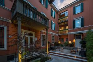 Mysuiteshome Apartments, Apartmány  Bologna - big - 57