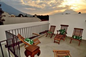 Antigua Two bedroom Home AN012 - San Juan Obispo