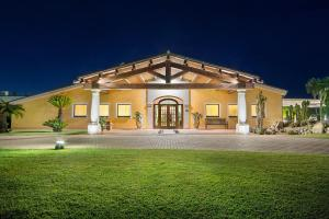 Lantana Resort Hotel & Apartments (7 of 97)
