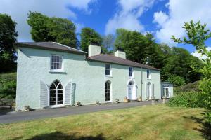 Glandwr : Yoga House Wales