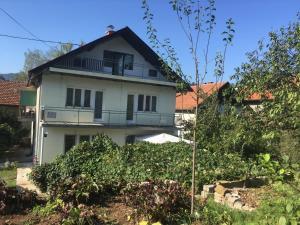 Red Apartman, Vendégházak  Tuzla - big - 32