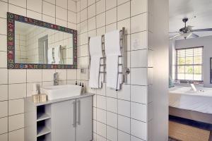 The Corner House, Affittacamere  Franschhoek - big - 3