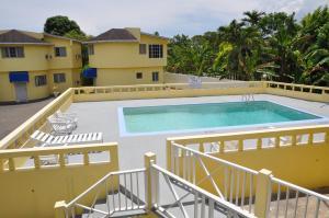Tamarind Hotel - Runaway Bay