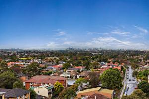 City view apartment near Burwood station