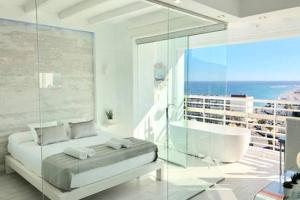 Loft del Mar Charming luxury apartment at La Roca