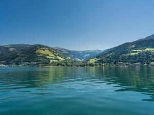 Mountain and Lake XL, Apartments  Zell am See - big - 38