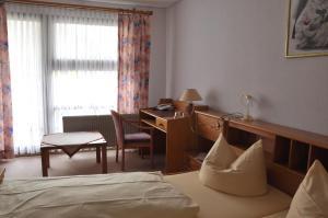 Landhotel Zur Wegelnburg, Hotely  Schönau - big - 3