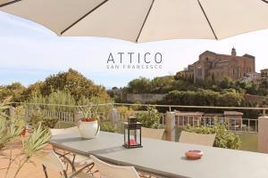 Attico San Francesco - AbcAlberghi.com