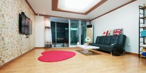 obrázek - Jeonpo Cafe Street House