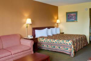 Relax Inn - Monroe