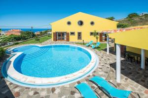 Superb 4-Bedroom Villa-Private Pool, Caniço