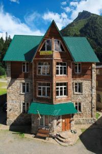 Гостиницы Домбая