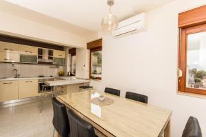 Apartment Ivona, Apartmanok  Trogir - big - 39