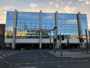 City Luxus Appartement nähe Köln Messe LANXESS Arena