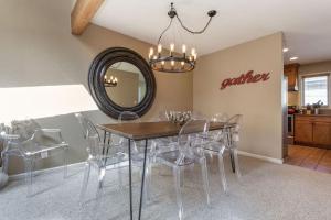 Meadow Creek Condominiums - Apartment - West Vail