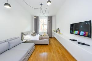 """Deluxe Apartments at """"Prague's Camden town"""""""
