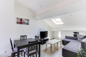 Refurbish two bedrooms flat