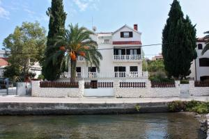 Twin Room Seget Vranjica 5160a, Guest houses - Trogir