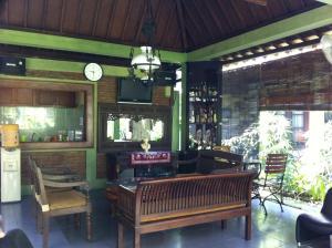 Ndalem Maharani Guest House - Pakualaman