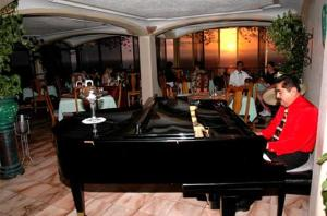 Hotel Suites La Siesta, Отели  Пуэрто-Вальярта - big - 10