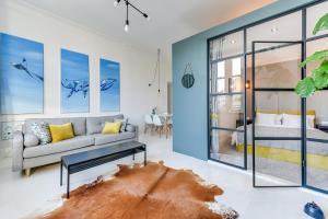 Flats For Rent - Kamienica Artystów 2