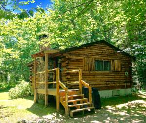 Rustic Log Cabins, Lodge  Lisbon - big - 17