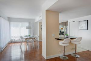 Palais-des-Congrès Furnished Apartments by Hometrotting, Apartmány  Montreal - big - 108