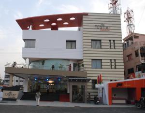 Auberges de jeunesse - Hotel Tushar Executive