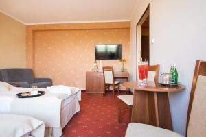 Dwór Bogucin HotelRestauracja