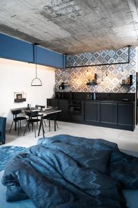 obrázek - frederics blue designer loft