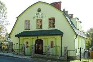 Villa Dom Julii, Villen - Sanok