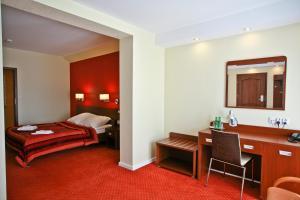 Hotel Chabrowy Dworek